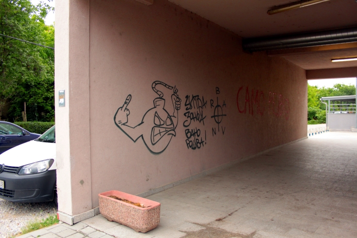 This cartoon figure features prominently on many graffiti mentioning the Red Blue Army.